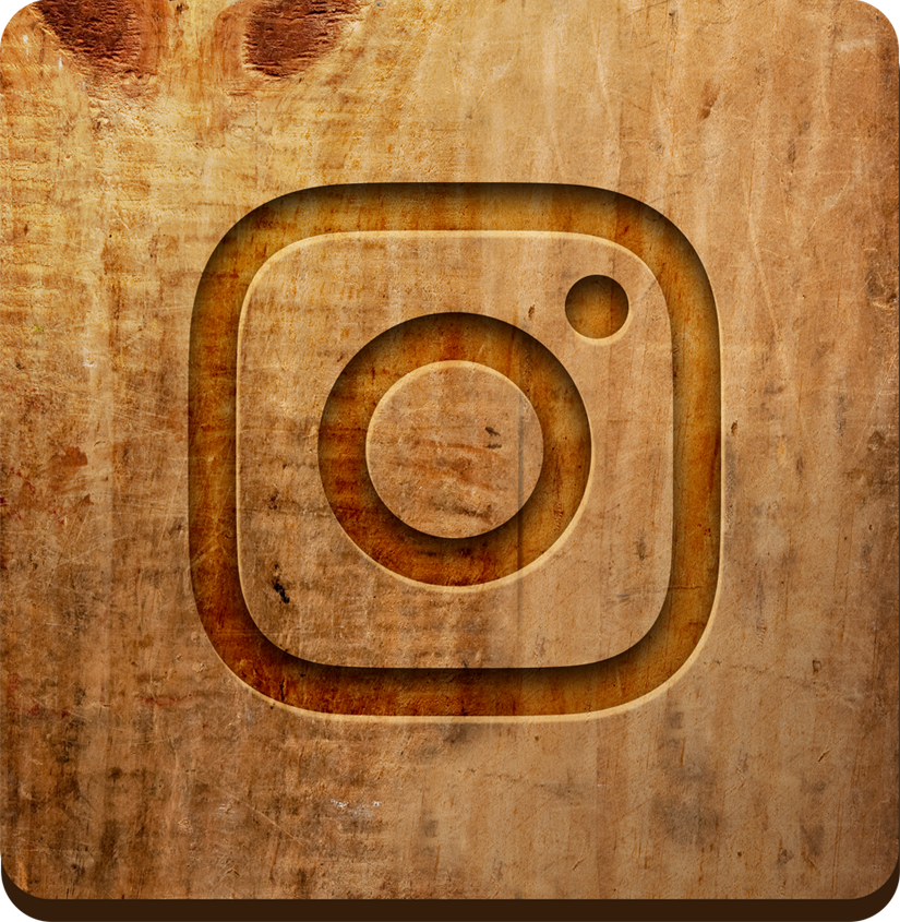 Instagram icon with wood background